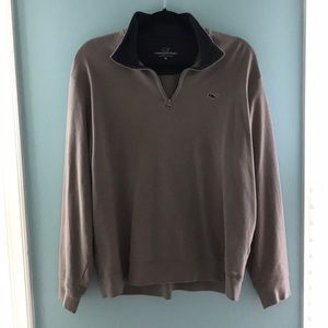 Gray vineyard vines pullover